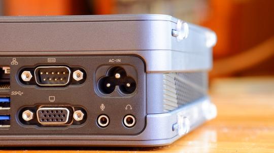 IEC C5ミッキーマウス・メガネ型インレット