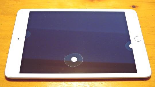 iPad ガラスフィルムの気泡