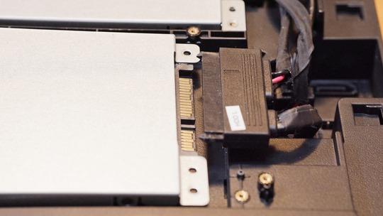 SATA HDD SSDコネクタ