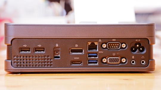 ASUS VivoMini VC65 背面