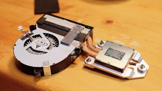 VivoMini VC65 CPU・CPUクーラー・CPUファン外し方