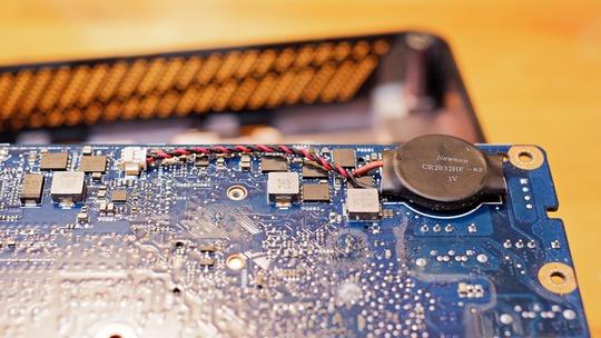 CMOS電池 マザーボード裏側 ASUS