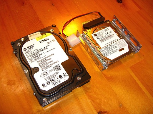 HDD変換アダプタ