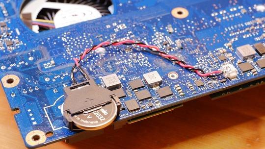 コネクタ付きCMOSコイン電池CR2032 Panasonic