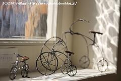 自転車たち。(はりねずみさん個展「絵ごころ はりがね工作展」より)