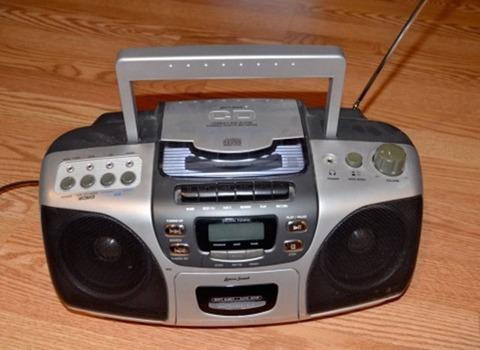 radio-img