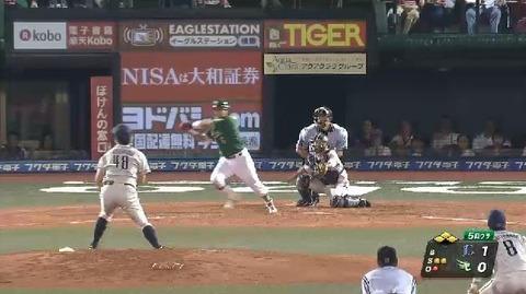 5回裏5藤田2点タイムリー逆転 (1)