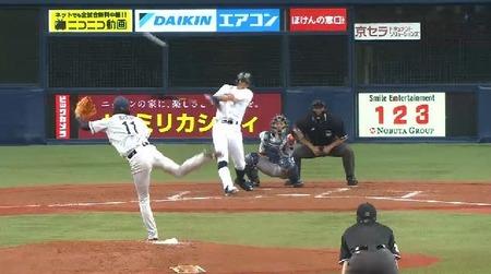 4回裏1糸井ヒット1塁3塁 (2)