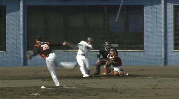 3回裏4金子バント森犠牲フライ (3)