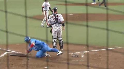 2回裏5渡辺内野ゴロ1点  (3)