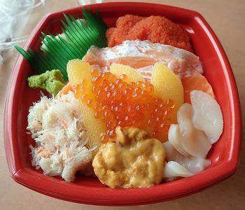北の魚河岸丼丸 三輪店_04