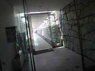 ガラスのピラミッド_10