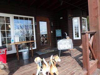 牧場のカフェ_03