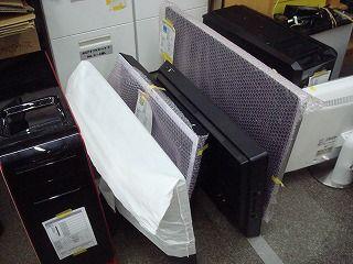 廃棄が終わったパソコン達は部品を修理に使わせていただくことも。
