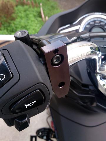 キタコ ヘルメットホルダーの取り付け手順2
