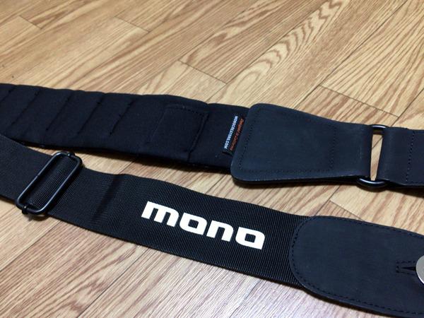mono01