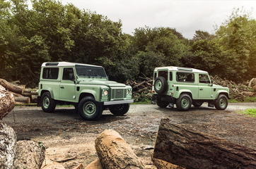 land-rover-defender--7_1600x0w