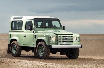land-rover-defender-_1600x0w