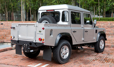 Defender-110-Double-Cab