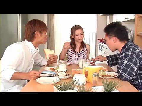 DVD-371_02