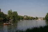300px-Nerima_Syakujii_park_sampoji_boat_pond