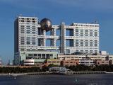 799px-FOG_Building_Fuji_Television_Headquarters_Odaiba_Tokyo
