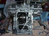 3号機エンジン組立て (1)