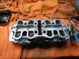 京都H号CB550Fシリンダーヘッド内燃機加工完了組立て (1)
