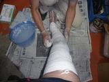 右足製作型取り中 (1)