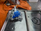 闇を抱えたエンジンオイルポンプOH (2)