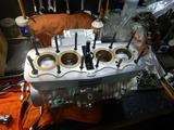 京都K様CB400エンジン組み立てシリンダー挿入 (3)