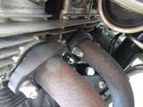 CB400F黄色い号EXスタッドボルトナット取り付け (2)