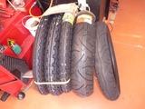 タイヤいっぱい入荷