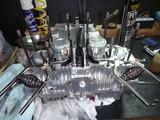 1号機エンジン組立て110810 (2)