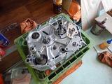 エンジンブロースーパーカブエンジン組立 (2)