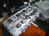 レーサーエンジンヘッド組付け (3)
