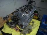 3号機エンジン組立て (5)