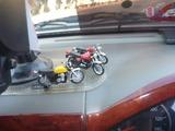 インテリア営業車にレデューサー装着 (2)