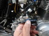油圧クラッチロッド折れ油圧シリンダー交換 (2)