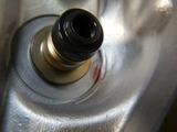 闇を抱えたエンジンシリンダーヘッドオイル下がり原因調査 (4)