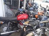 友達のバイク屋さんへ