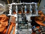 CB400国内398ccCP25号機腰下組み立て (2)