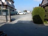 出入り口に付き駐車禁止 (1)