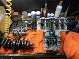 まっきーレーサーエンジンアッパーケース下拵え (1)