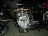 闇を抱えたエンジン三度腰上組立て (3)