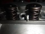 闇から抜け出したエンジンヘッド内燃機加工完了 (2)