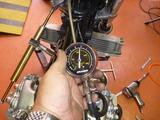 1号機エンジン搭載110810 (7)