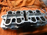京都H号CB550Fシリンダーヘッド内燃機加工完了組立て (3)