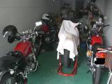 隠されたバイク