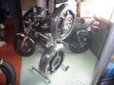 CPレーサー用タイヤスタンド